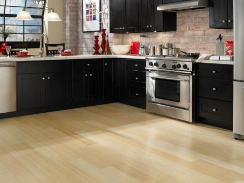Как выбрать ламинат для кухни. Ламинат на кухню: особенности выбора напольного покрытия