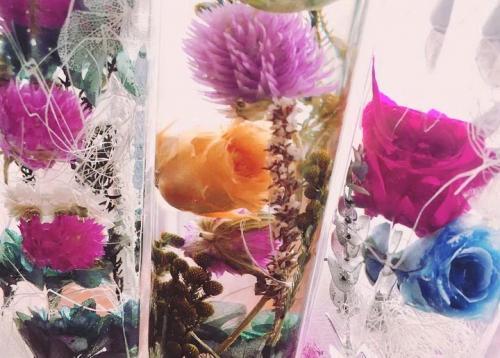 Цветы обработанные глицерином. Консервированные цветы в глицерине