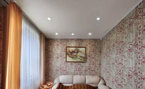 Сатиновые натяжные потолки. Виды и цвета сатинового потолка