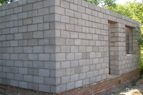 Как правильно класть блоки на раствор. Технология укладки стен