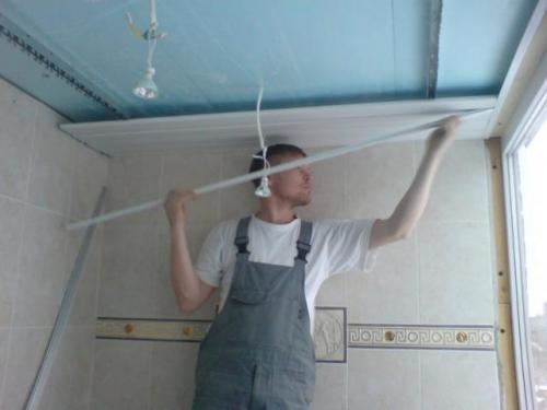 Монтаж ПВХ панелей на потолок своими руками. Потолок из пластиковых ПВХ панелей