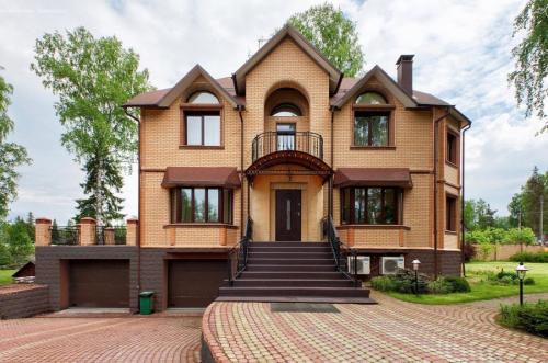 Какой цвет для фасада дома выбрать. Цвета фасадов – выбор цветовых решений и правила гармоничного сочетания с дизайном дома
