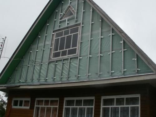 Материалы для отделки фронтонов частных домов. Обзор технологии работ