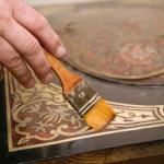 Реставрация стола.   Не спешите выкидывать старый стол.
