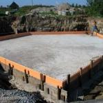 Фундамент монолитная плита.