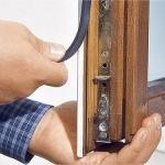 Ремонт окон.  Каким бы ни было деревянное окно - со стеклопакетом или старой конструкции - оно требует заботы.