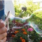 """""""Крепкие"""" мыльные пузыри своими руками."""
