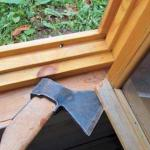 Как утеплить деревянные окна к зиме.