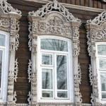 Деревянное кружево - тончайшая резьба, украшающая дома XIX века на улицах Томска.