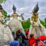 """Фестиваль уличных театров """"Елагин Парк""""."""