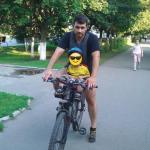 Сделал сыну велокресло.