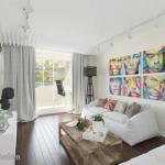 Яркий дизайн интерьера в квартире площадью 57, 9 кв.
