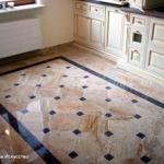 Технология монтажа плитки на деревянный пол.